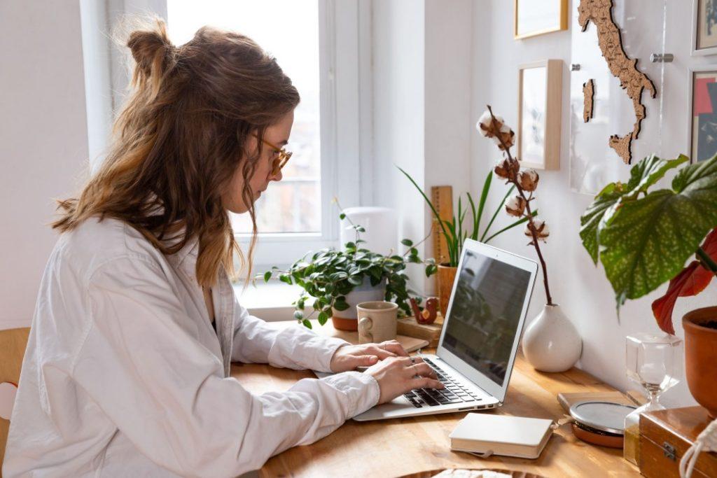 raskite darbą iš namų su internetu kaip praturtti kriptografij